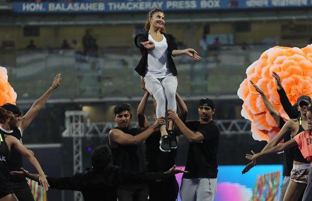 IPL 2018 Opening Ceremony : Varun Dhawan, Prabhu Deva And Hrithik Roshan Set The Stage On Fire