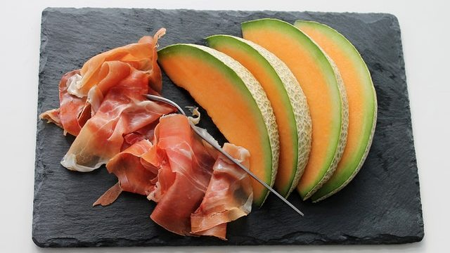 Melon - foods to get rid of belly fat