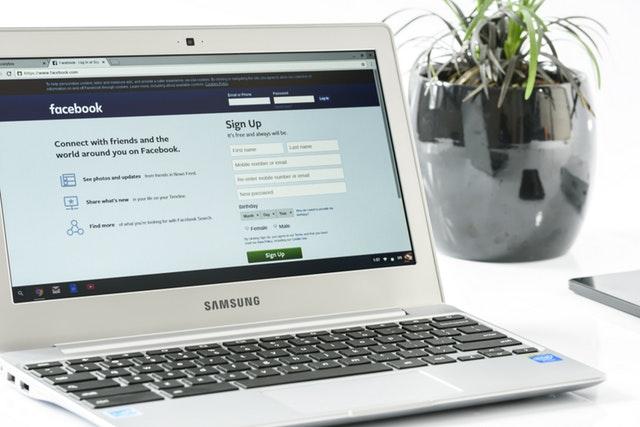 Social Media Facebook ruining lives